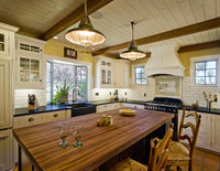 Santa Barbara Traditional Kitchens
