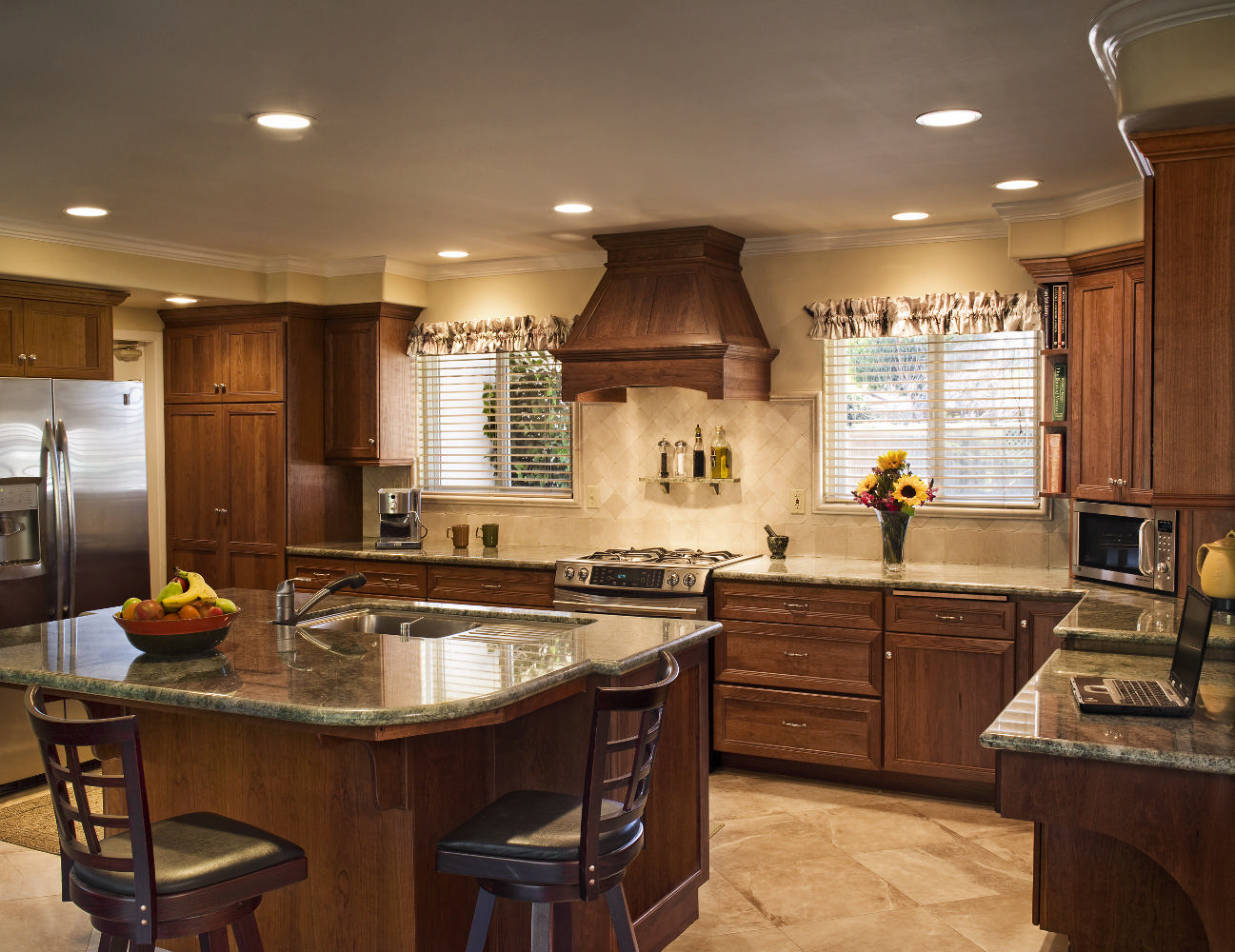 santa barbara craftsman kitchens - hahka kitchens goleta