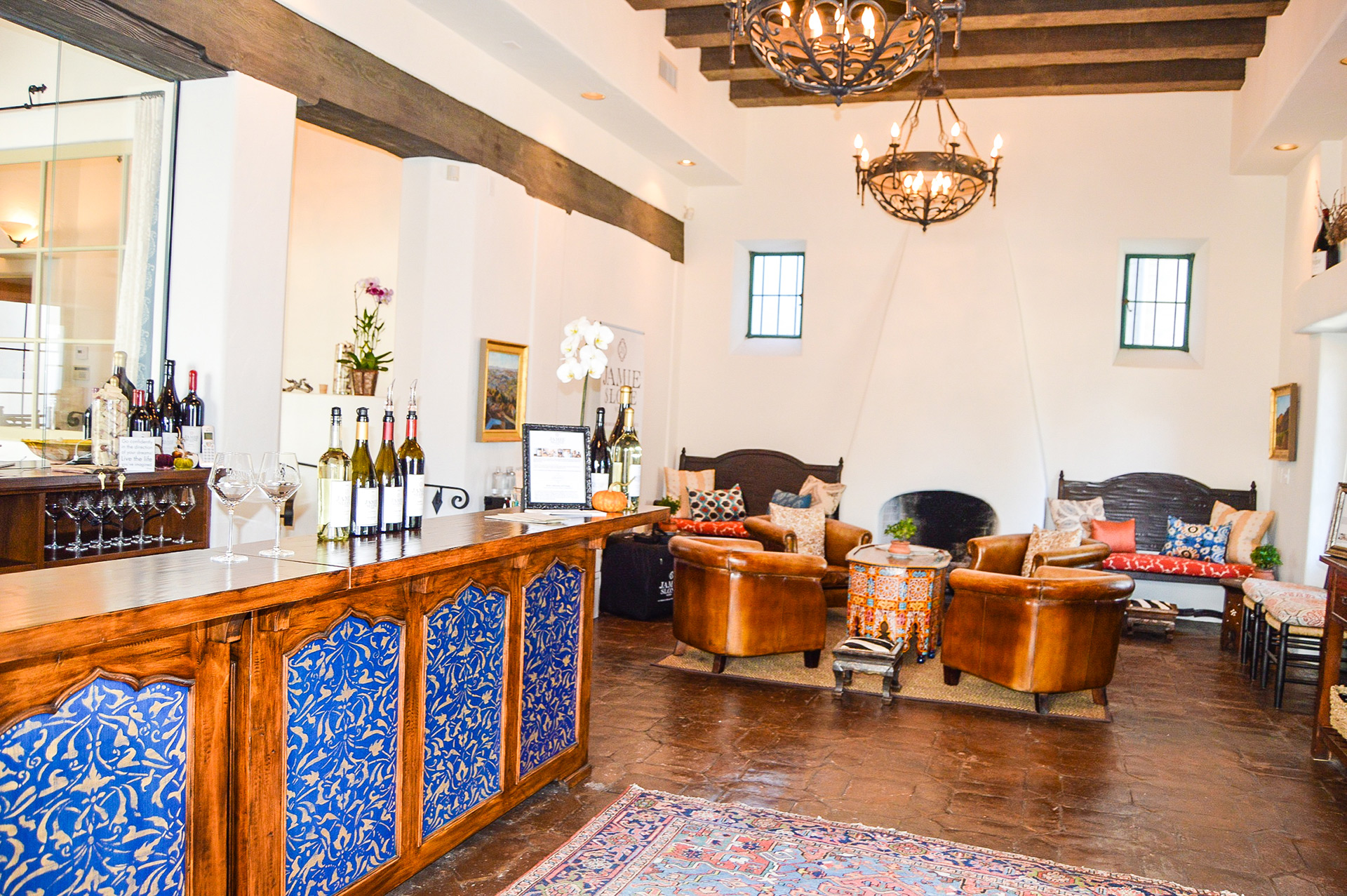 Downtown Santa Barbara Wine Tasting Room