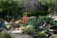 Vista La Playa -A Garden for Outdoor Living and Entertaining-2