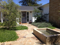 Alston - A Modern Beach Cottage with Grasses, Olives and Music-1