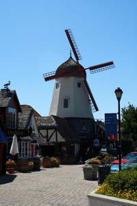 Last Week!!! The 2016-2017 Edition of The Solvang Business and Relocation Guide �Our Business History�-1