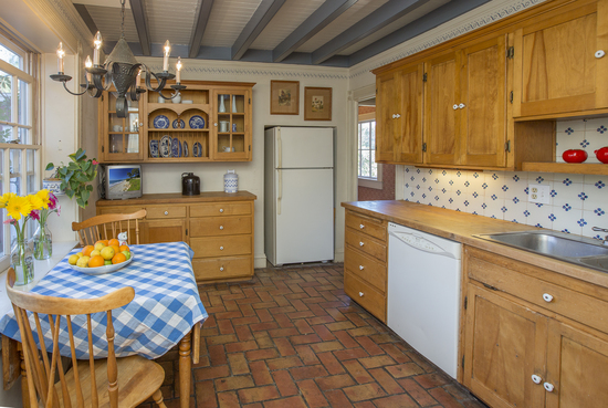 1189 No Ontare Rd Santa Barbara Calif-KITCHEN