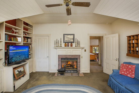 1189 No Ontare Rd Santa Barbara Calif-BEDROOM #1 W/FIREPLACE