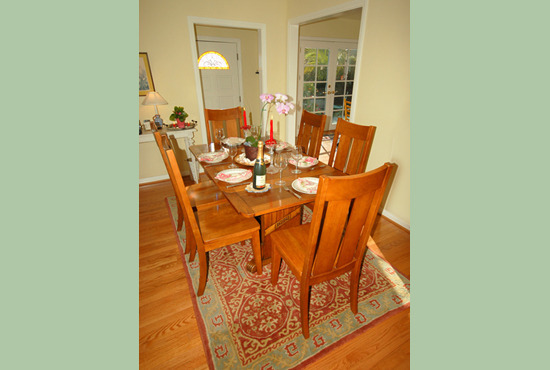 Paradise Cottage Dining Room