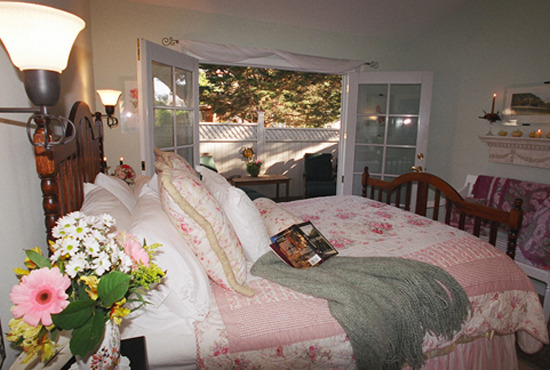 Paradise Cottage Bedroom