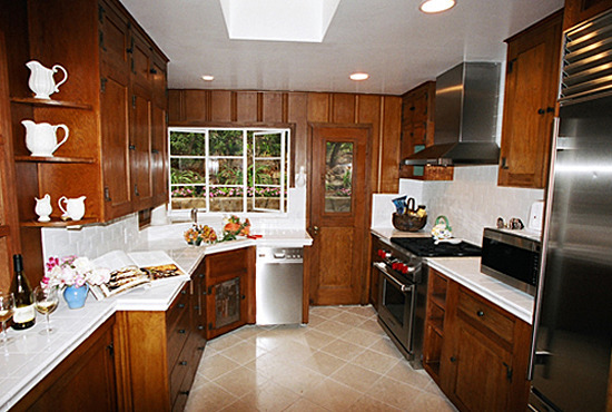 Eucalyptus Cottage Kitchen