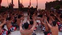 Bali: Kecak dance at Uluwatu