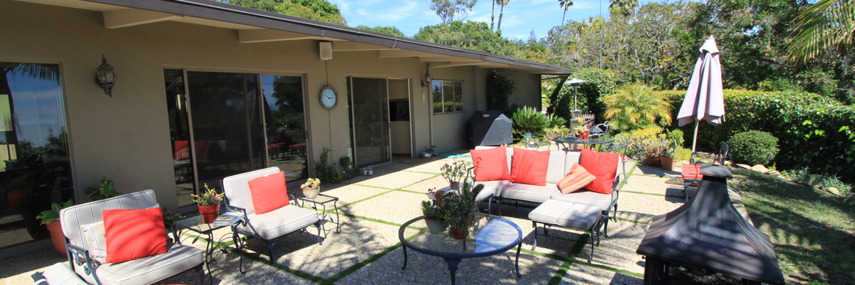 Montecito Riviera Vacation Rental with View of Harbor and City Page