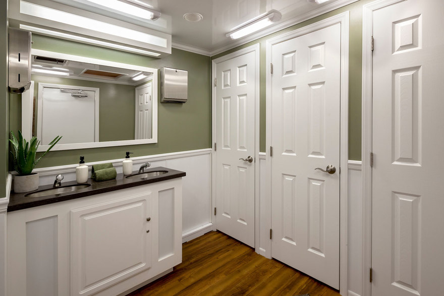 18' Cottage Restroom Trailer