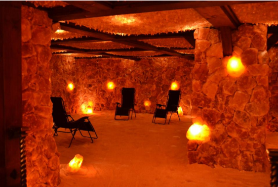 805 Boasts North Americas Largest Himalayan Salt Cave-2