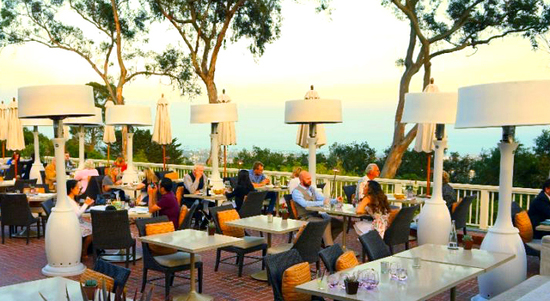 El Encanto - Dining on the Terrace