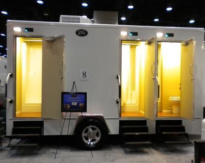 15' Combination Shower/Restroom Trailer