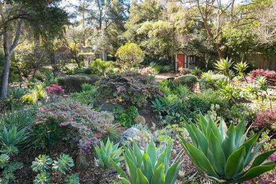 Montecito - Exquisite 1880's Cottage