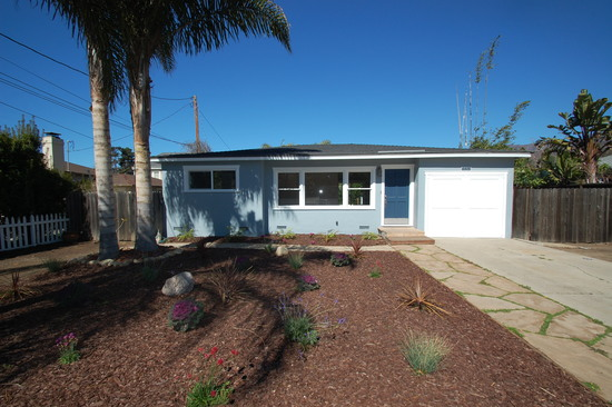 JUST SOLD! Fantastic Location short distance to town & the beach!