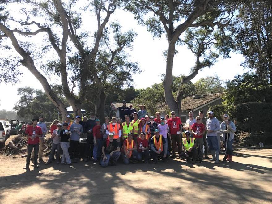 Volunteers Ventura Ojai Thomas Fire Victims