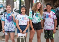 Teen volunteers brighten up art camp