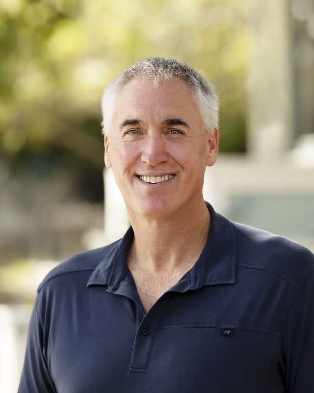 Dr. Jeff Pelton
