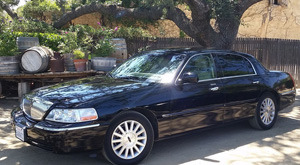Golden Limo SB Luxury Sedan
