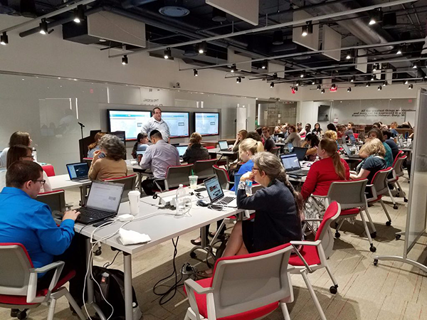 Day two of the workshop took place at George Washington University Libraries. Here, George Oberle III, History Librarian at George Mason University, gives a Carto tutorial. Photo by Justin Littman, event organizer.