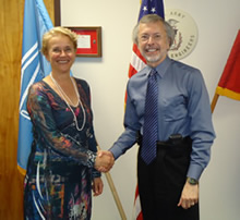 Dr. Ania Grobicki, Executive Secretary, Global Water Partnership (left) and IWR and ICIWaRM Director Bob Pietrowsky (right).