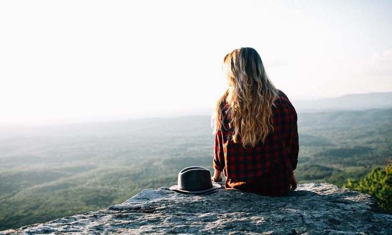 Η Life Coach, Μέλοντι Γουάιλντινγκ, Σου Μαθαίνει Πώς Να Διώχνεις Τις Αρνητικές Σκέψεις