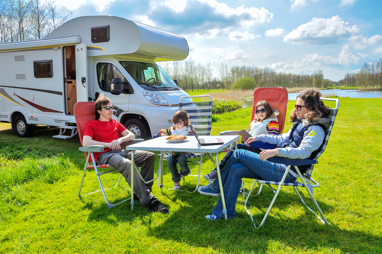 Perhaps No Other Country In The World Has As Many Parks And Campgrounds US That Are Thoroughly Ideal For Exploring After Parking Your RV
