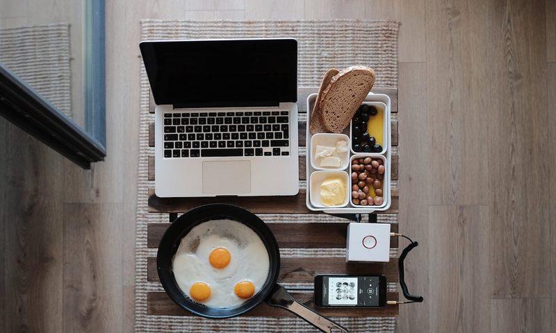 9 Φαγητά Που Ενισχύουν Την Δημιουργικότητά Σου Στο Γραφείο