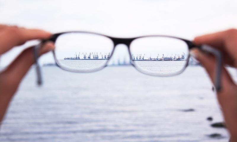 5 Ανύποπτα Σημάδια Που Αποκαλύπτουν Ότι Δεν Βλέπεις Καλά