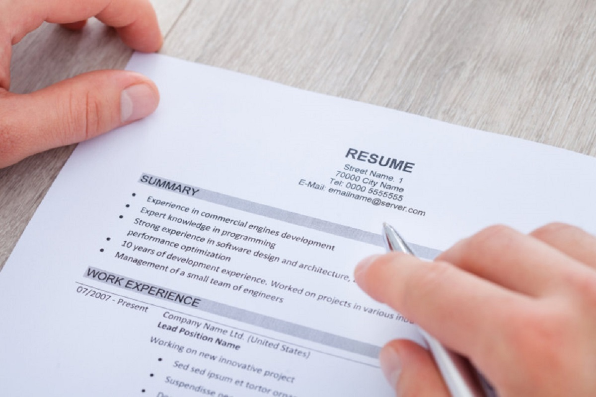 how to make a casual resume