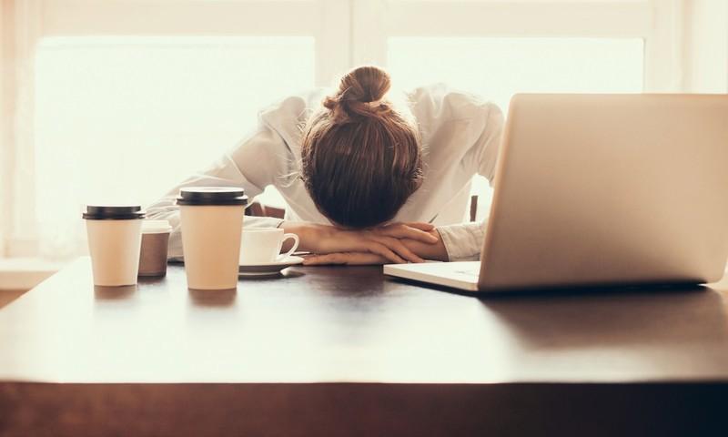 Έρευνα: Ποια Εποχή Του Χρόνου Νιώθεις Περισσότερο Στρες