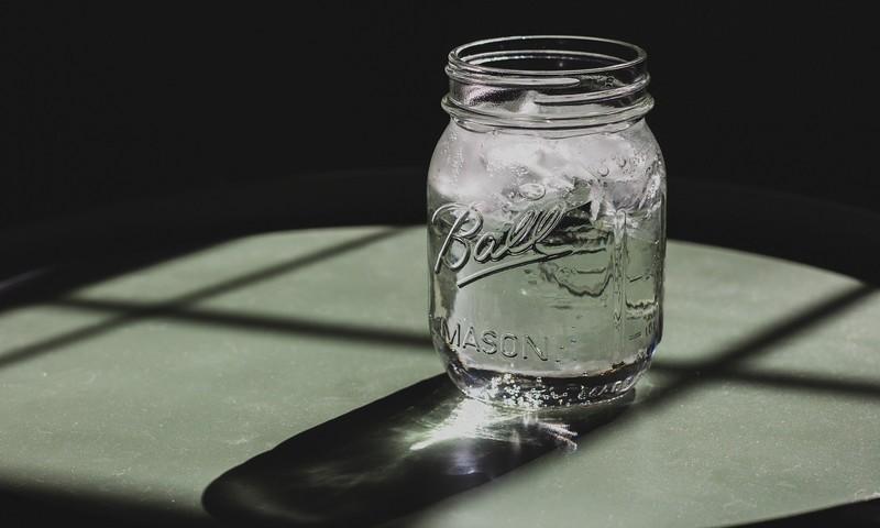 Πότε Πρέπει Να Πιείς Ένα Ποτήρι Νερό