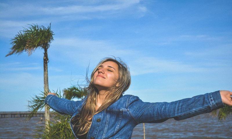 Η Ελευθερία Οδηγεί Στην Ευτυχία