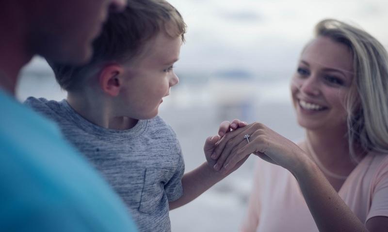 4 Αρνητικά Πράγματα Που Λες Στο Παιδί Σου Νομίζοντας Ότι Είναι Θετικά