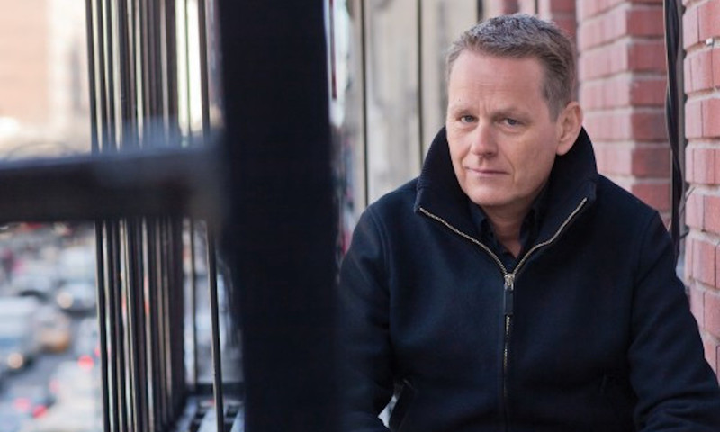 """Martin Lindstrom: """"Τα Κινητά Σκοτώνουν Τη Ζωντάνια Μας"""""""