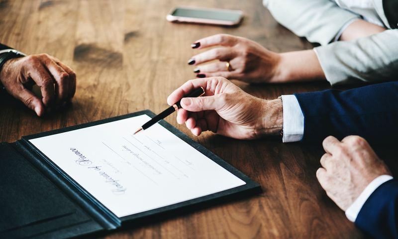 Τι Αποκαλύπτουν Τα Πτυχία Σου Για Τον Γάμο Σου