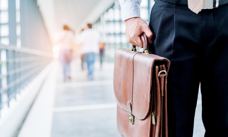 10+1 Σημάδια Πως Ήρθε Η Ώρα Να Τα Μαζέψεις Και Να Φύγεις Από Τη Δουλειά Σου