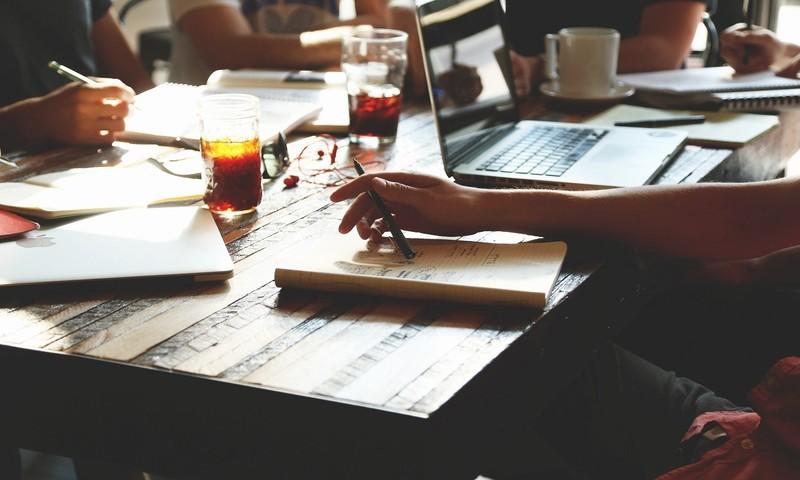 Πόσο Σωστά Επικοινωνείς Τις Επαγγελματικές Σου Επιτυχίες;