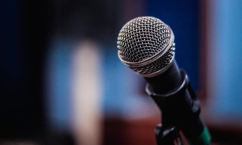 6 Συνήθειες Που Καλό Είναι Να Αποφεύγει Ένας Δημόσιος Ομιλητής