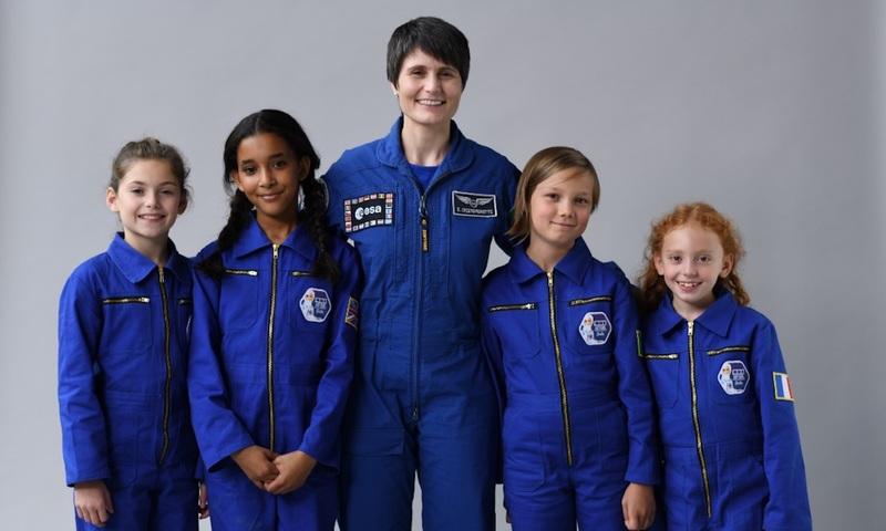 Αρκεί Μια Κούκλα, Για Να Γίνει Μια Γυναίκα Αστροναύτης;