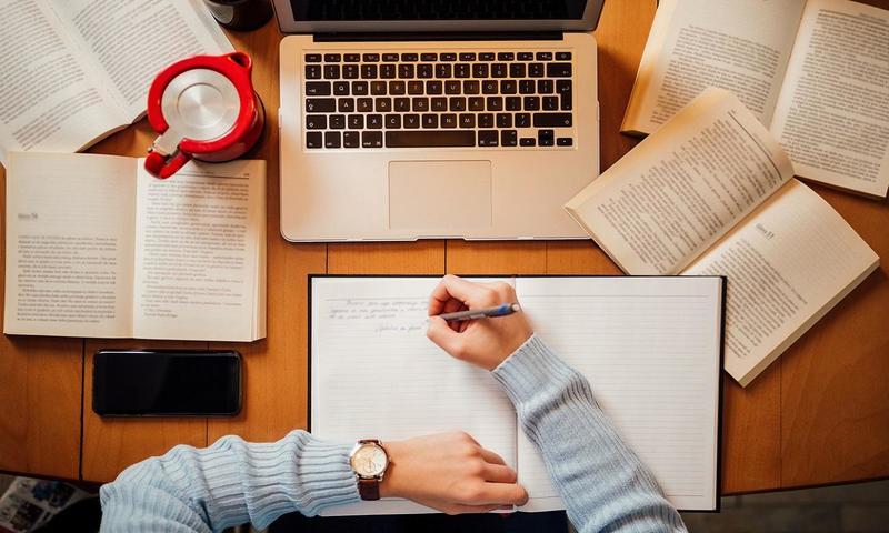 5 Συμβουλές Για Να Μην Παρασυρθείς Από Τη Φοιτητική Ζωή