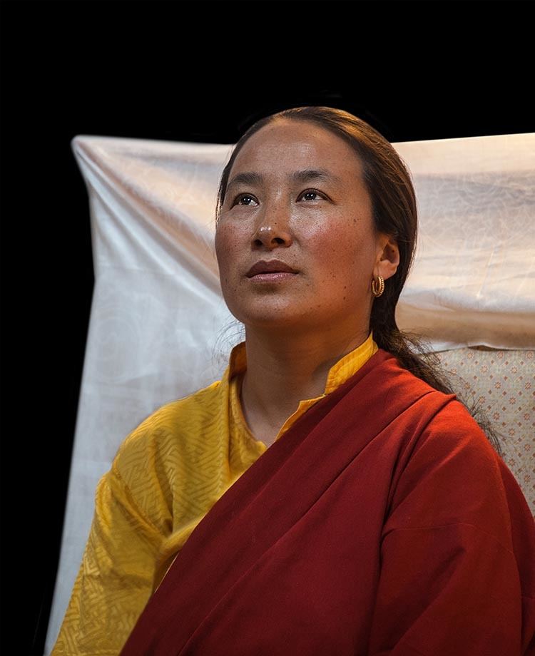 Khadro-la, The State Oracle of Tibet, on Meditation, Dealing