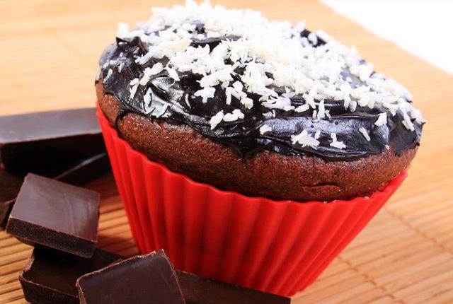 Sugar Free Chocolate Coconut Cupcakes