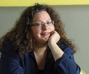 Gayle DeBruyn
