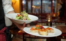 """Arriva la Carta d'Identità Alimentare: mangiare """"fuori"""" diventa facile (e sicuro)"""""""