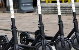 Monopattini elettrici, hoverboard e noleggio di auto via app: a che punto siamo con le leggi