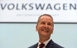 Volkswagen investe 15 miliardi l'anno nell'auto elettrica. E se nelle città non ci fosse più posto per le auto