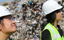 Una 24enne ha inventato un nuovo modo per riciclare i rifiuti di plastica e impedire che finiscano nell'oceano