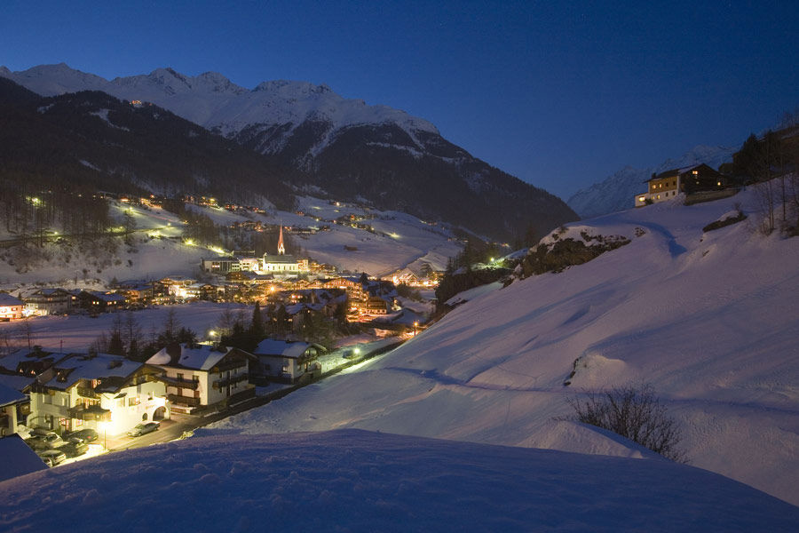 Soelden-at-Night