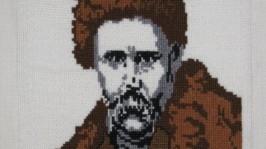 Вишитий портрет Шевченка в дерев′яній рамці